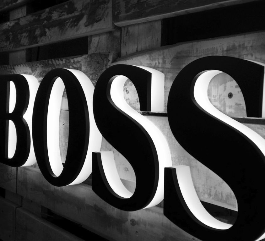 Boss Letras relieve Diper